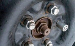 Car tire lug nuts