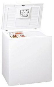 Summit WCH07 white small chest freezer