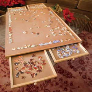Bits and Pieces Standard Wooden Puzzle Plateau